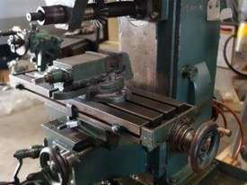 Universal Milling Machine - picture2' - Click to enlarge