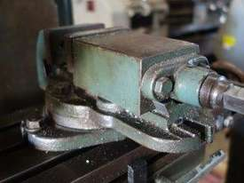 Universal Milling Machine - picture6' - Click to enlarge