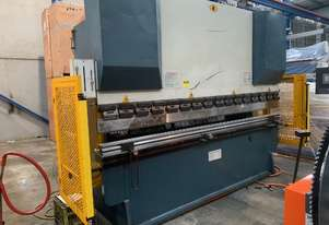 AVAILABLE NOW! - USED - MAXI 3200 X 100T NC Pressbrake with New Laser Guards & more