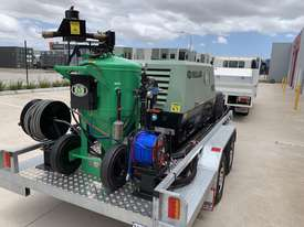 Dustless Blaster Dual Axle Mobile unit - picture0' - Click to enlarge