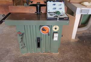 Spindle moulder for with a box of blades sale $2000