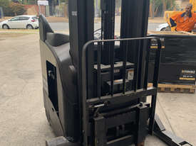 Crown Reach Truck For Sale - picture2' - Click to enlarge