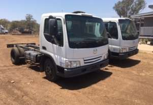 Mazda   T4600 Cab chassis