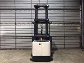 Crown SP3500 Stock Picker Forklift - picture3' - Click to enlarge