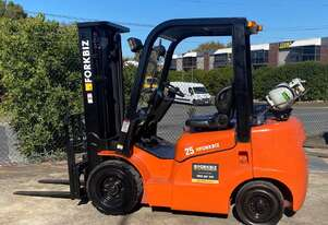 2.5 Tonne Container Mast Forklift For Sale