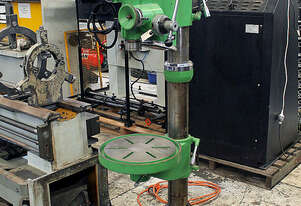 H5 32 Geared Head Pedestal Drilling Machine