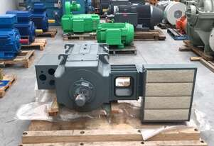 315 kw 420 hp 1750 rpm 440 volt Foot Mount 315 frame DC Electric Motor Yaskawa Type GBDR-K unused