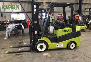 Compact Cushion Tyre Excellent Condition 2.5t LPG CLARK Forklift