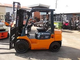 FORKLIFT RENTAL FULLY MAINTAINED LOW WEEKLY RATE - picture1' - Click to enlarge