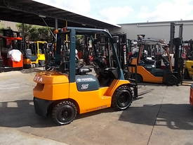 FORKLIFT RENTAL FULLY MAINTAINED LOW WEEKLY RATE - picture2' - Click to enlarge