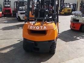 FORKLIFT RENTAL FULLY MAINTAINED LOW WEEKLY RATE - picture3' - Click to enlarge
