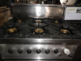 IFM SHC00672 Used Gas Range - picture0' - Click to enlarge