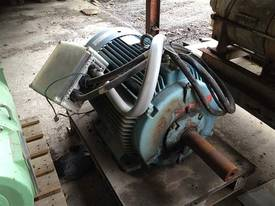 Dual Speed Electric Motor - picture0' - Click to enlarge