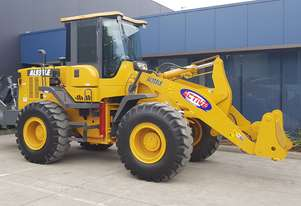 14 Tonne Wheel loader With CUMMINS ENGINE Heavy Duty Quick Hitch 2.5m3 GP Bucket & Pallet Forks
