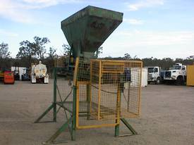 Sand bag filling conveyor - picture4' - Click to enlarge