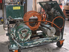 3 Phase Hydraulic Power Pack with Accumulator and  - picture3' - Click to enlarge