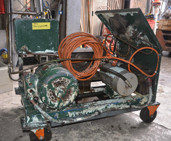 3 Phase Hydraulic Power Pack with Accumulator and