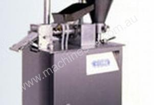 Multi purpose dumpling forming machine