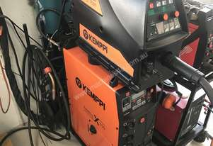 Kemppi Fastmig X450 with dual wire feeders