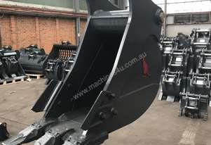 Roo Attachments  30-35T Trenching Bucket 600mm