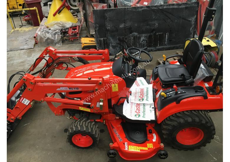 Kioti CS 2610 Compact Tractor with Loader & 4in1 Bucket.