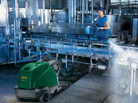 Gerni MH 4M 200/960X, 2750PSI Professional Hot Water Cleaner - picture2' - Click to enlarge