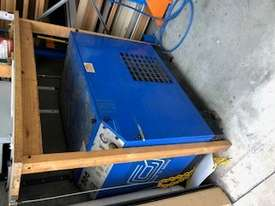 pilot air compressor  - picture3' - Click to enlarge