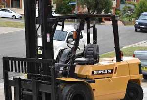 CATERPILLAR 5T DIESEL FORKLIFT DUAL WHEEL WIDE CARRIAGE LOW HOURS
