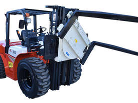HELI 3.5T All Terrain Diesel Forklift Buggy with Rotator FOR SALE - picture5' - Click to enlarge