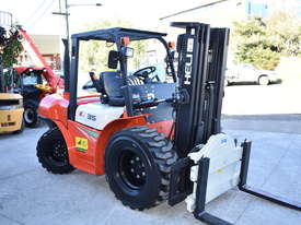 HELI 3.5T All Terrain Diesel Forklift Buggy with Rotator FOR SALE - picture2' - Click to enlarge