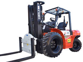HELI 3.5T All Terrain Diesel Forklift Buggy with Rotator - picture1' - Click to enlarge