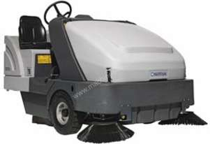 Nilfisk Ride on Sweeper- LPG SR1601