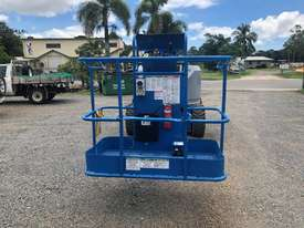 2006 Genie Z34 - 22 Articulating Boom EWP 4WD - picture4' - Click to enlarge
