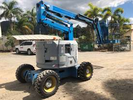 2006 Genie Z34 - 22 Articulating Boom EWP - picture3' - Click to enlarge