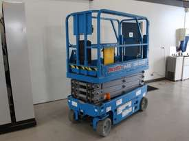Scissor Lift  - 19' (7.79m) Narrow Electric  - picture1' - Click to enlarge
