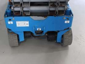 Scissor Lift  - 19' (7.79m) Narrow Electric  - picture8' - Click to enlarge