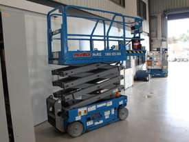Scissor Lift  - 19' (7.79m) Narrow Electric  - picture3' - Click to enlarge