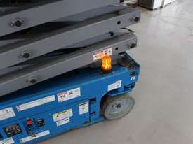 Scissor Lift  - 19' (7.79m) Narrow Electric  - picture11' - Click to enlarge