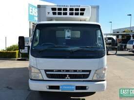2009 MITSUBISHI CANTER FE Pantech Refrigerated Truck  - picture9' - Click to enlarge