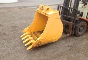 Excavator GP bucket with teeth