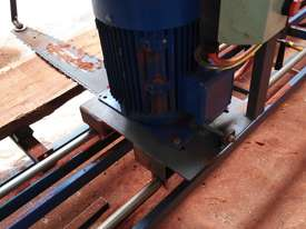 Chainsaw Mill, Slabbing Mill  - picture3' - Click to enlarge