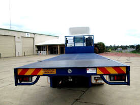 Isuzu FXD 1000 Tray Truck - picture5' - Click to enlarge