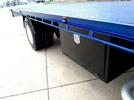 Isuzu FXD 1000 Tray Truck - picture11' - Click to enlarge