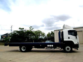 Isuzu FXD 1000 Tray Truck - picture2' - Click to enlarge
