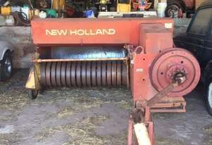 New Holland 317 Square Baler Hay/Forage Equip