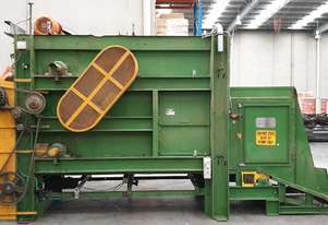 Heavy duty debaling/ bale breaking machine
