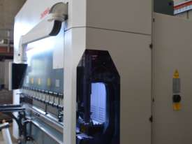 2019 DURMA AD-S 4-axis 3,050mm x 220Ton  CNC Press Brake - picture3' - Click to enlarge