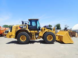 2018 Caterpillar 972M Wheel Loader - picture1' - Click to enlarge