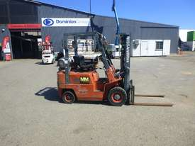 Circa 1992 Nissan J01A18U Container Mast 1.8 Tonne LPG Forklift (GA1259) - picture2' - Click to enlarge