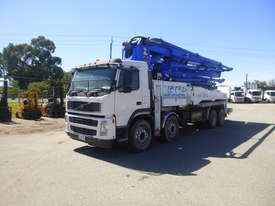 2006 Volvo FM2 Concrete Placement Boom Truck  - picture0' - Click to enlarge